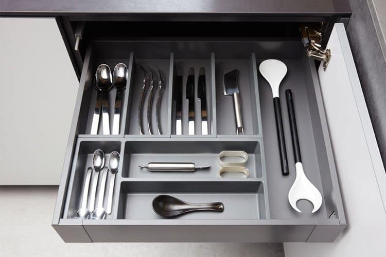 beckermann cutlery divider
