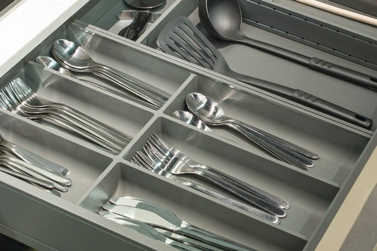 Beckerman cutlery divider