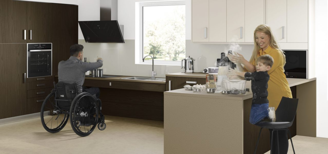 [8646]_Accessible_Kitchens_Walnut_[A2]_[FAMILY]_v5